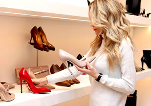 choosing shoes